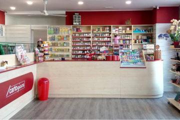 Mag soluzioni soluzioni espositive per la tabaccheria for Arredamento tabaccheria usato