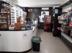 Arredamento-per-tabaccheria-Bologna-3