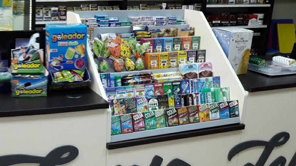 Espositore caramelle per tabaccheria